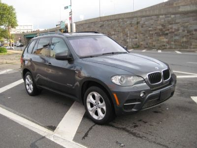 2011 BMW X5 xDrive35i (Gray)