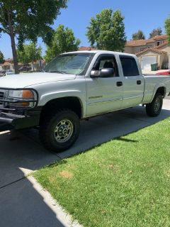 05 GMC Sierra 2500 HD