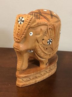 2 wood elephants made in India