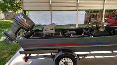 17' Alumaweld Bass boat with Yamaha 55hp motor