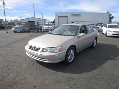 2001 Toyota Camry 4dr Sdn LE V6 Auto