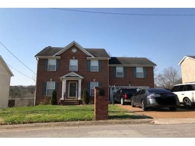3 Bed 2.5 Bath Preforeclosure Property in Antioch, TN 37013 - Welshcrest Dr