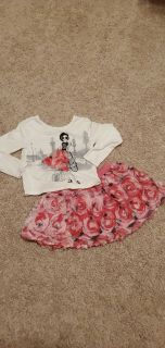 Children's Place Flower Outfit, Size XS (4)