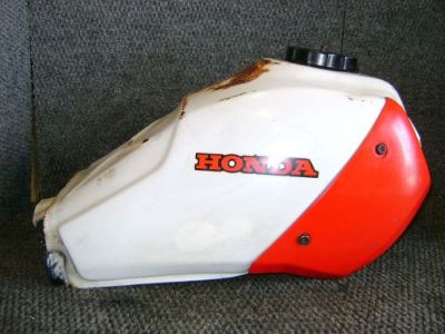 Purchase HONDA OEM GAS FUEL PETRO TANK ATC200X ATC 200 ATC200 200X 1983-1985 175A1-965 motorcycle in Yale, Michigan, United States, for US $79.92