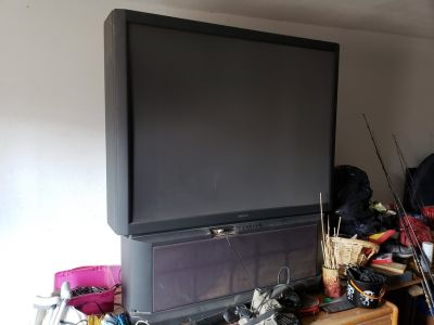 60 inch tv rear projector