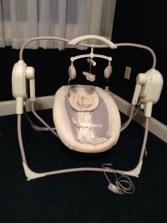 Fisher Price Space Saving Cradle and Swing