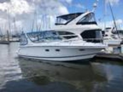 2001 Chris-Craft 308 Express Cruiser