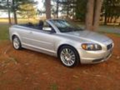 Used 2008 VOLVO C70 For Sale