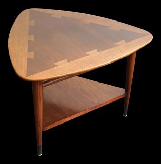 Lane Acclaim Mid Century Guitar Pick Table