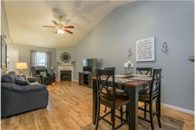 Knoxville 2 bed/2 bath Townhouse $1000/Month