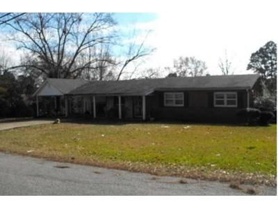 3 Bed 1 Bath Foreclosure Property in Mathiston, MS 39752 - Madison St