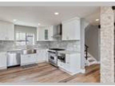 Price Enhanced Westlake Village Townhome, Westlake Village, CA