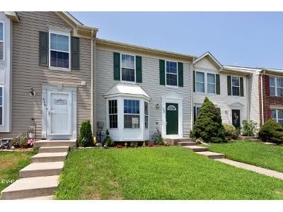 2 Bed 1 Bath Foreclosure Property in Joppa, MD 21085 - Macintosh Cir