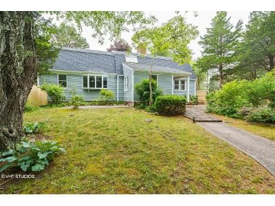 3 Bed 1.5 Bath Foreclosure Property in Eastham, MA 02642 - John Thomas Rd