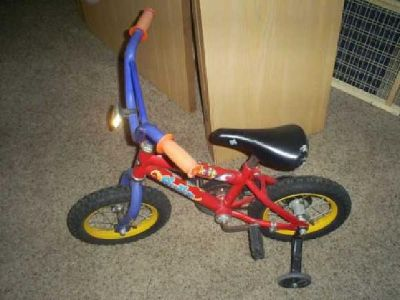 $40 Kids Bike W Training Wheels (Sioux Falls)