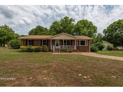 3 Bed 2 Bath Foreclosure Property in Gaffney, SC 29340 - Hamrick St