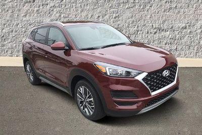 2019 Hyundai Tucson SEL (Gemstone Red)