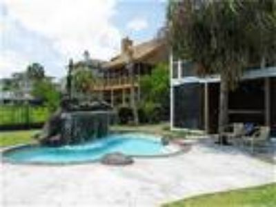 Amazing Beach Home with Heated Pool & Jets - House