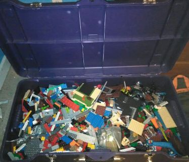 Legos,Minecraft,lego Atlantis ,midevil, monster hunter, Star Wars, Bionicle and hero factory and probable a lot more