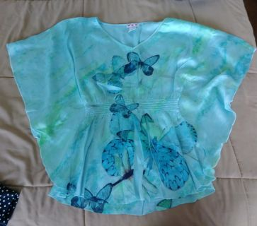 Three Pink Hearts Woman's Blouse Size XS Teal Butterflies Print