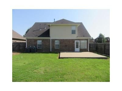 4 Bed 2.5 Bath Foreclosure Property in Olive Branch, MS 38654 - Allen Ridge Ln