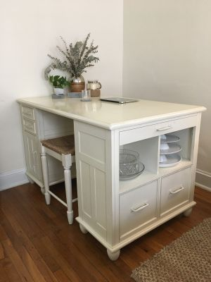 Antique Style Kitchen Island with Seating