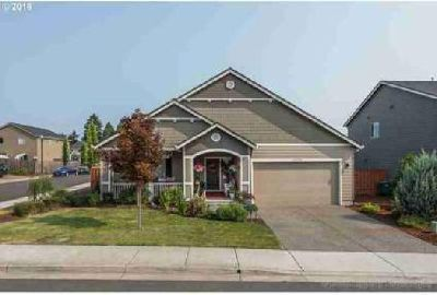 33375 SW Holland Dr Scappoose Three BR, Hard to find ranch home