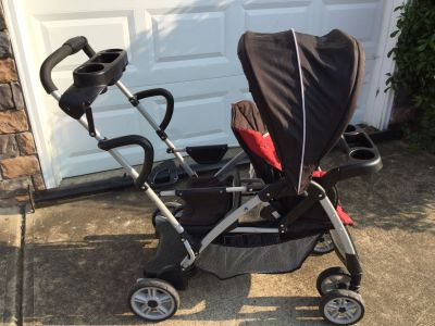 Graco Sit & Stand stroller