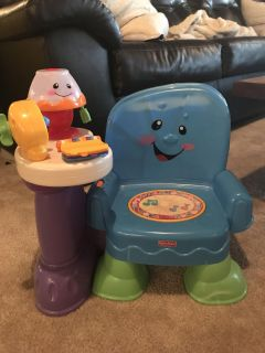 Musical toddler chair