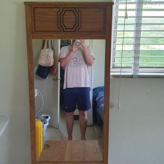 Mirror & Table (both)