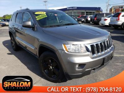 2011 Jeep Grand Cherokee Laredo (Mineral Gray Metallic)