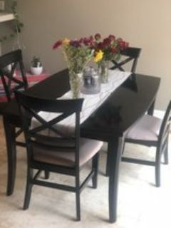 Dining Table for 4. +4 chairs