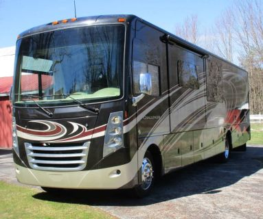 2015 Thor Motor Coach Challenger 37GT