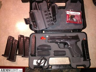 For Sale: M&P 2.0 compact w/extras