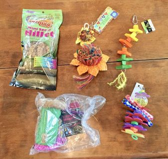 Squak Box Large Bird Parrot Chewing Toys (NEW)