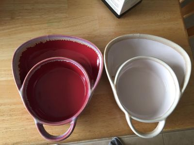 2 Bowls Brand new without box