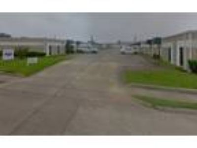 9001 Airport Boulevard - Commercial/Retail