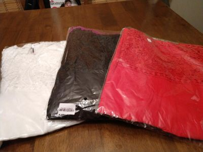 4 Brand New Womens Size Large Tank Tops