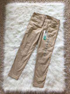 NWT old navy pants. 97% cotton