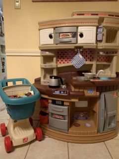 Kitchen, dishes, food and cart!
