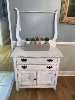 Antique washstand painted with Amy Howard Bahaus Buff