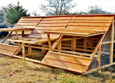 WINTER SALE- BIG PORTABLE HEN HOUSES CHICKEN COOPS, FENCE POSTS for Des Moines, IA area