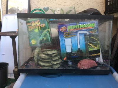 10aGallon Fish Tank with accessories