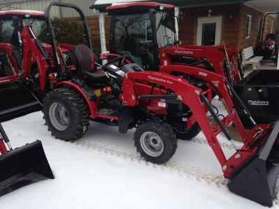 2018 Mahindra MX26HIL26B Tractors Lawn & Garden Elkhorn, WI