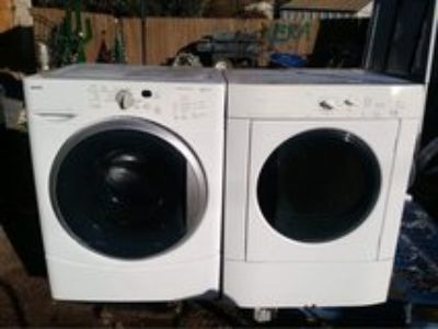 Frigidaire and Kenmore washer and dryer set