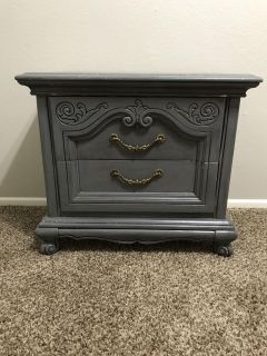 Bedside Table/Small Chest of Drawers