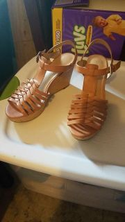 Size 8 wedges NEVER WORN