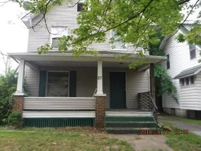 4 Bed 1 Bath Foreclosure Property in Youngstown, OH 44507 - E Boston Ave