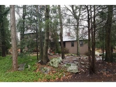 4 Bed 2 Bath Preforeclosure Property in Weston, CT 06883 - Ravenwood Dr