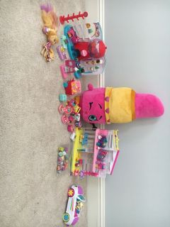 Shopkins! 1 car, stuffed animal, house, candy store